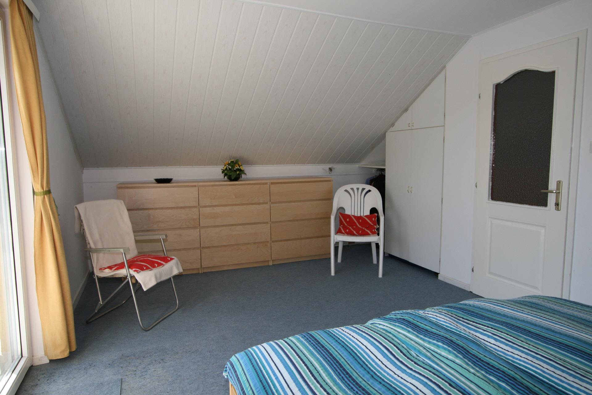 Zwarte ladenkast slaapkamer beste inspiratie voor huis ontwerp - Zwarte voering voor zwembad ...
